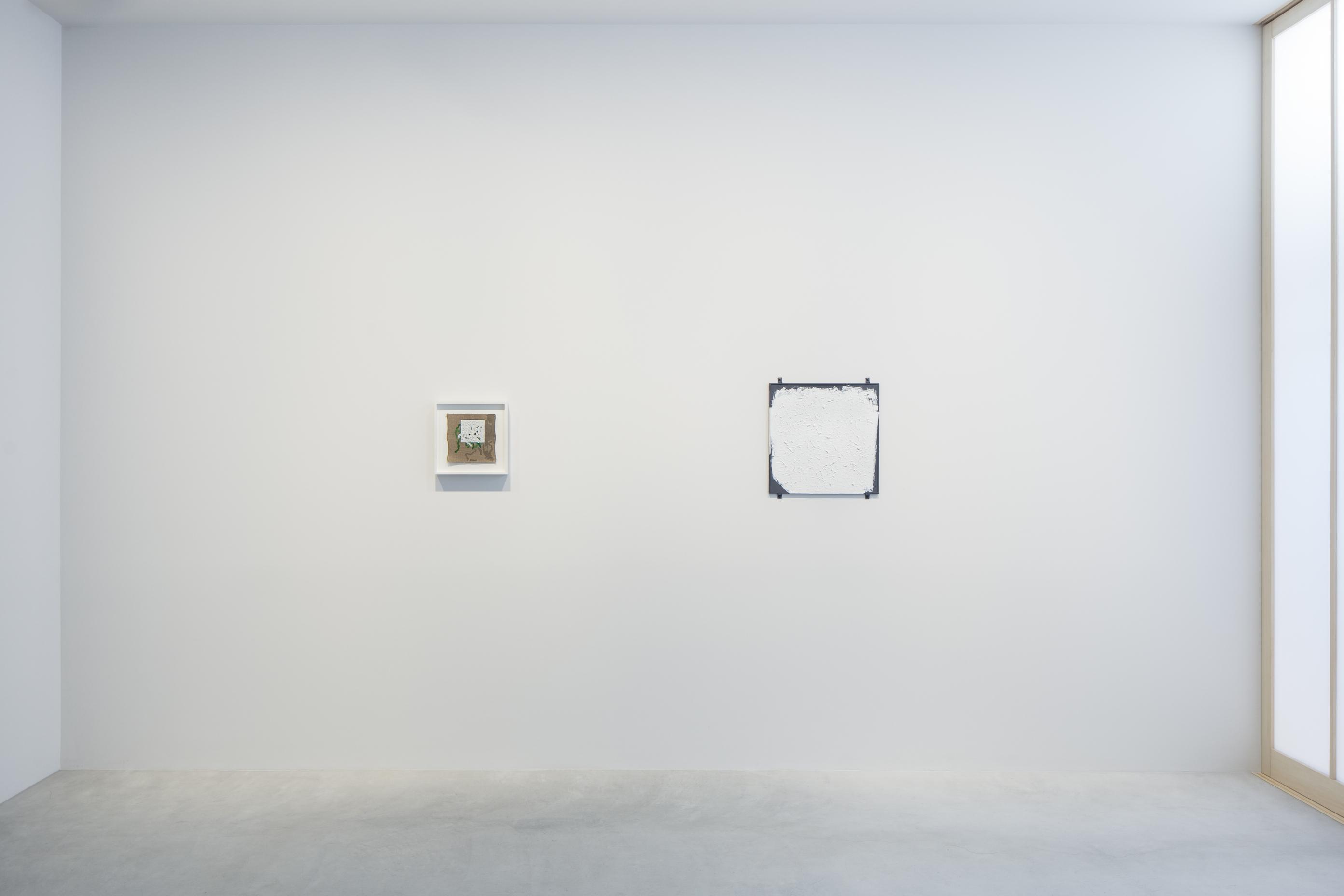 Photograph 1 from Robert Ryman exhibition.