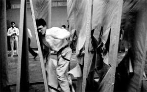 Saburo Murakami Performing Passing Through - 1956 - Kiyoji Otsuji