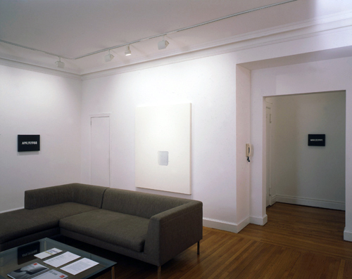 Photograph 3 from On Kawara, Lee Ufan, Hitoshi Nomura: Time Recorded exhibition.