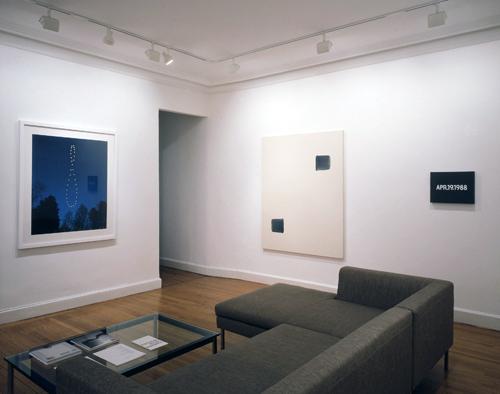 Photograph 4 from On Kawara, Lee Ufan, Hitoshi Nomura: Time Recorded exhibition.