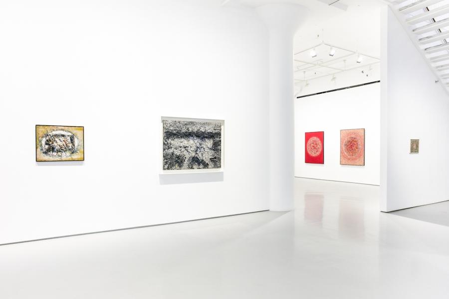 Photograph 3 from Toshio Yoshida exhibition.