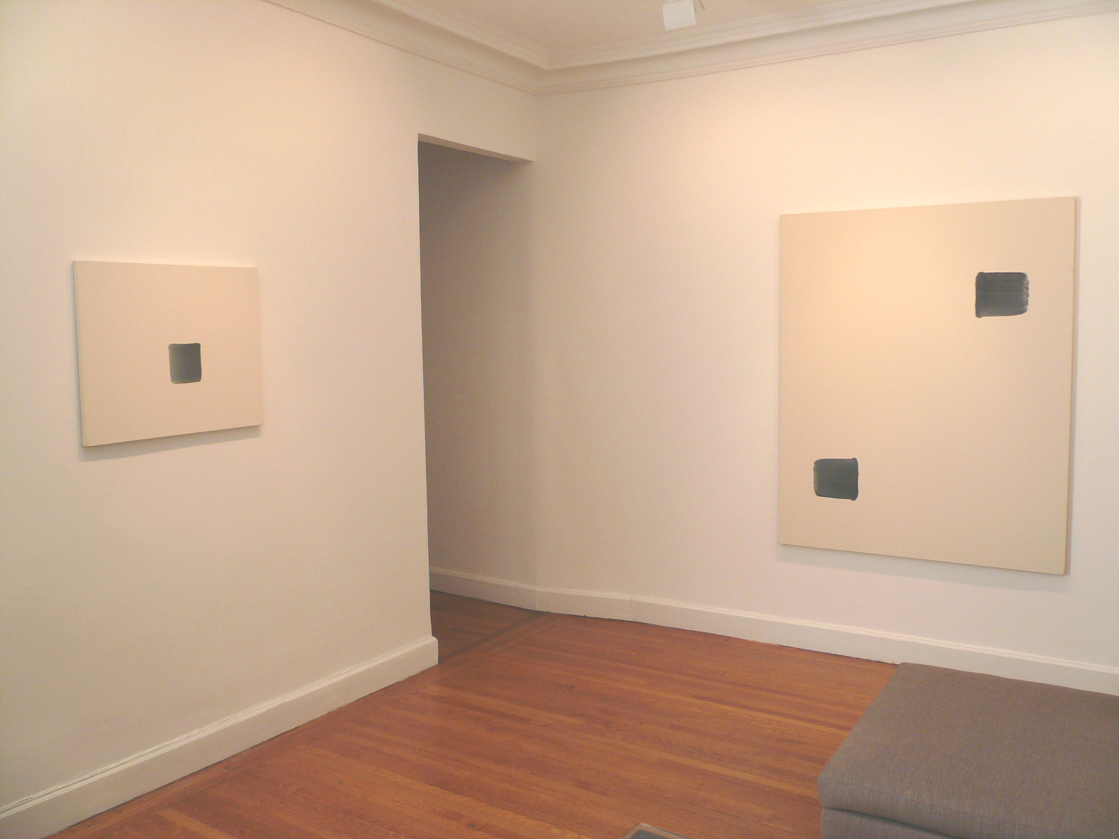 Photograph 1 from Lee Ufan: Correspondence Paintings 1995-2005 exhibition.
