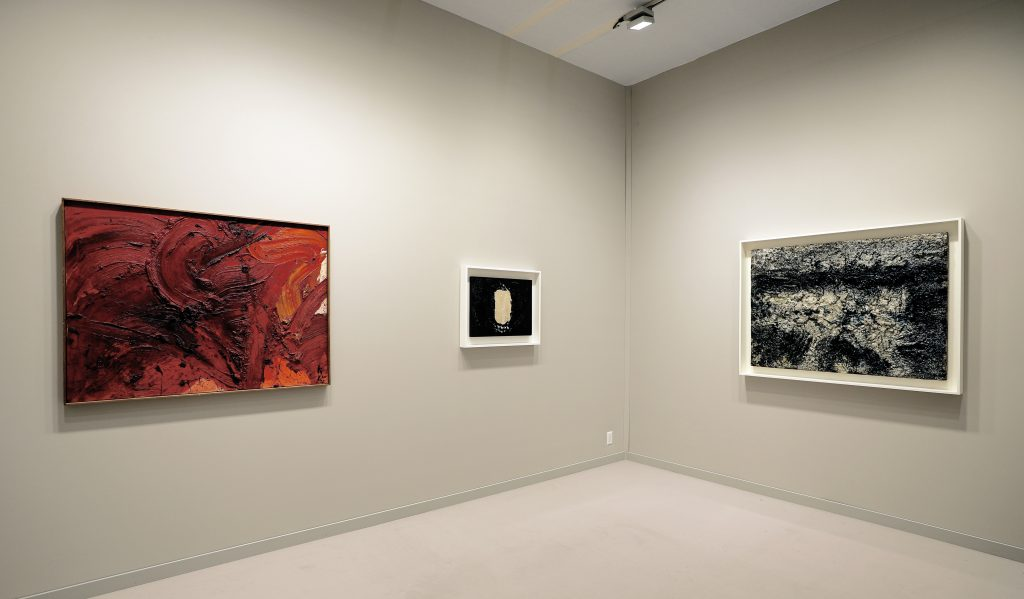 Photograph 4 from TEFAF New York Spring  - 2018