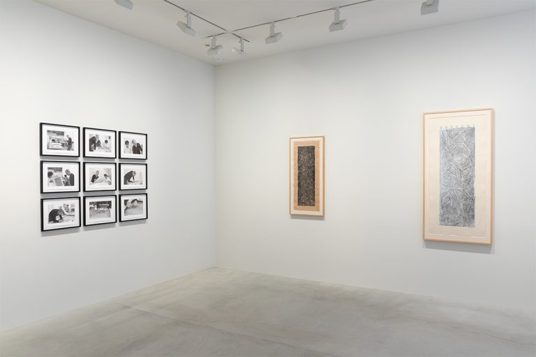 Photograph 4 from Jasper Johns: Usuyuki exhibition.
