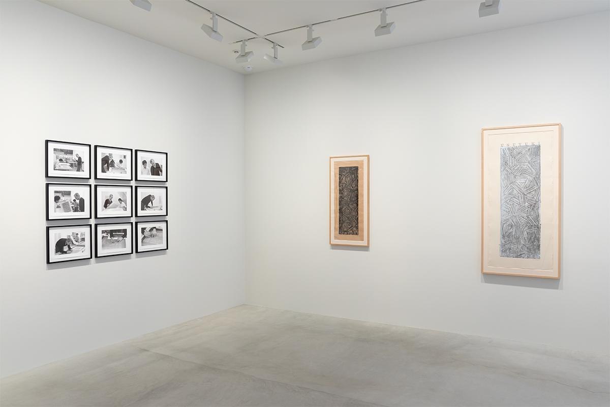 Photograph 4 from Jasper Johns: Usuyuki exhibition.